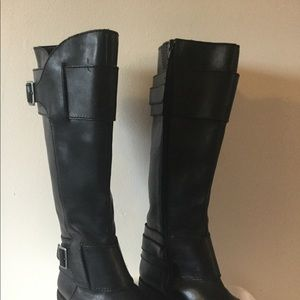 Seychelles Black Leather Boots  Size 7-1/2 (7.5)